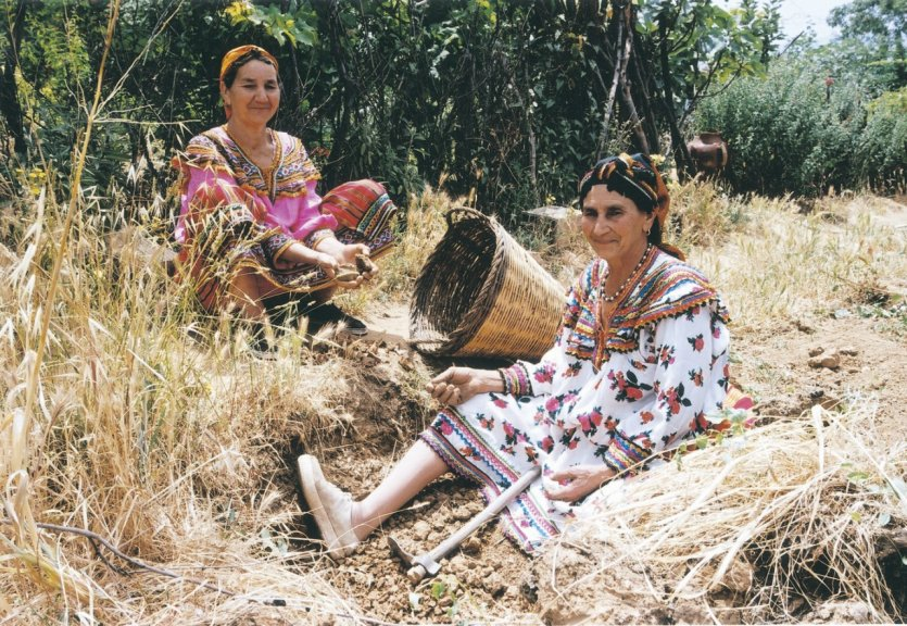 Une généreuse coutume kabyle  dans Attributs d'Algérienneté 160914093144921235