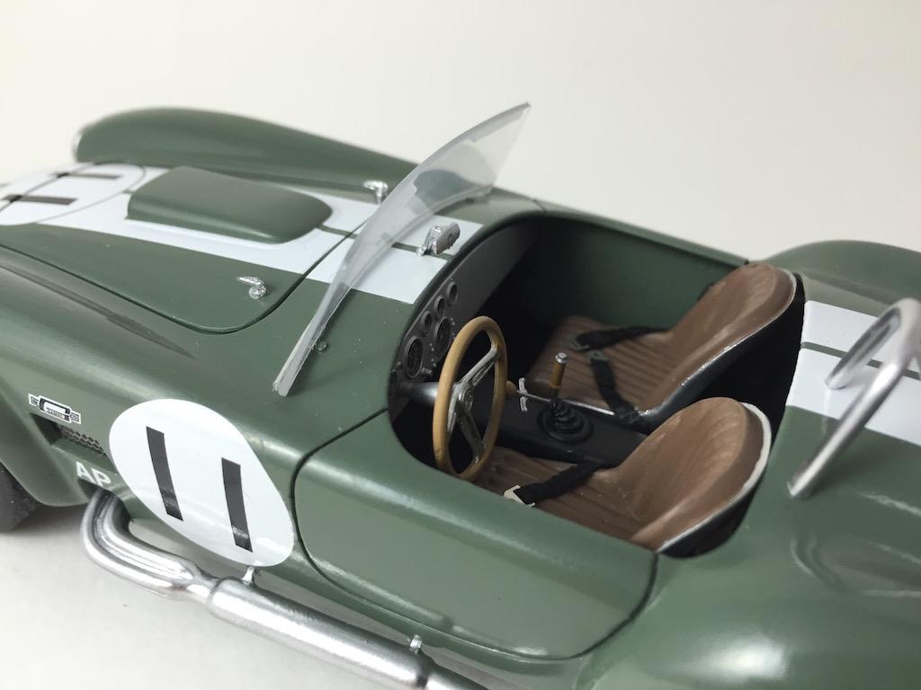 Shelby Cobra 427 (terminée) - Page 3 160925063826246001