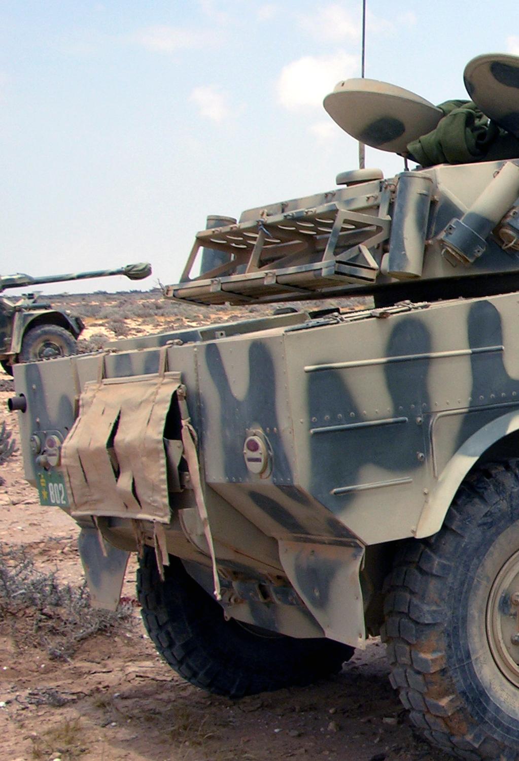 Panhrad AML-90 et Eland-90 Mk6 161007084953228002
