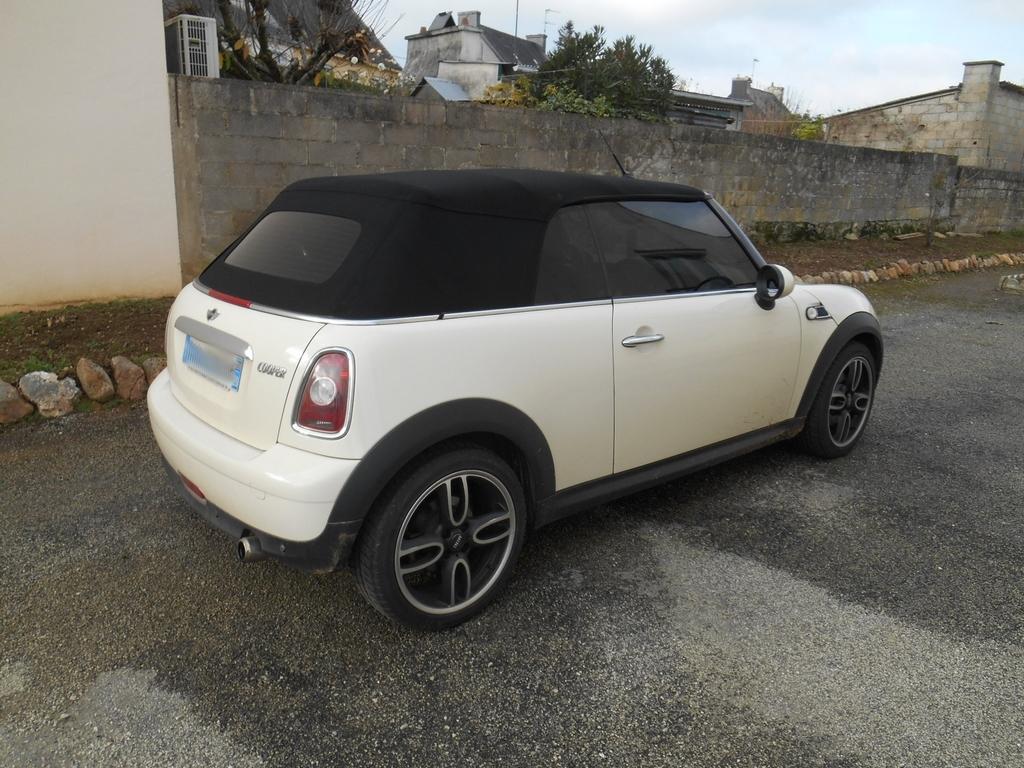 Mini cabriolet 161126121412669570