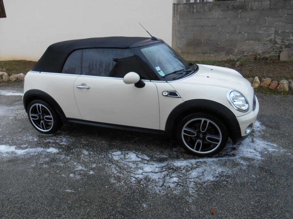 Mini cabriolet 161126122643323529