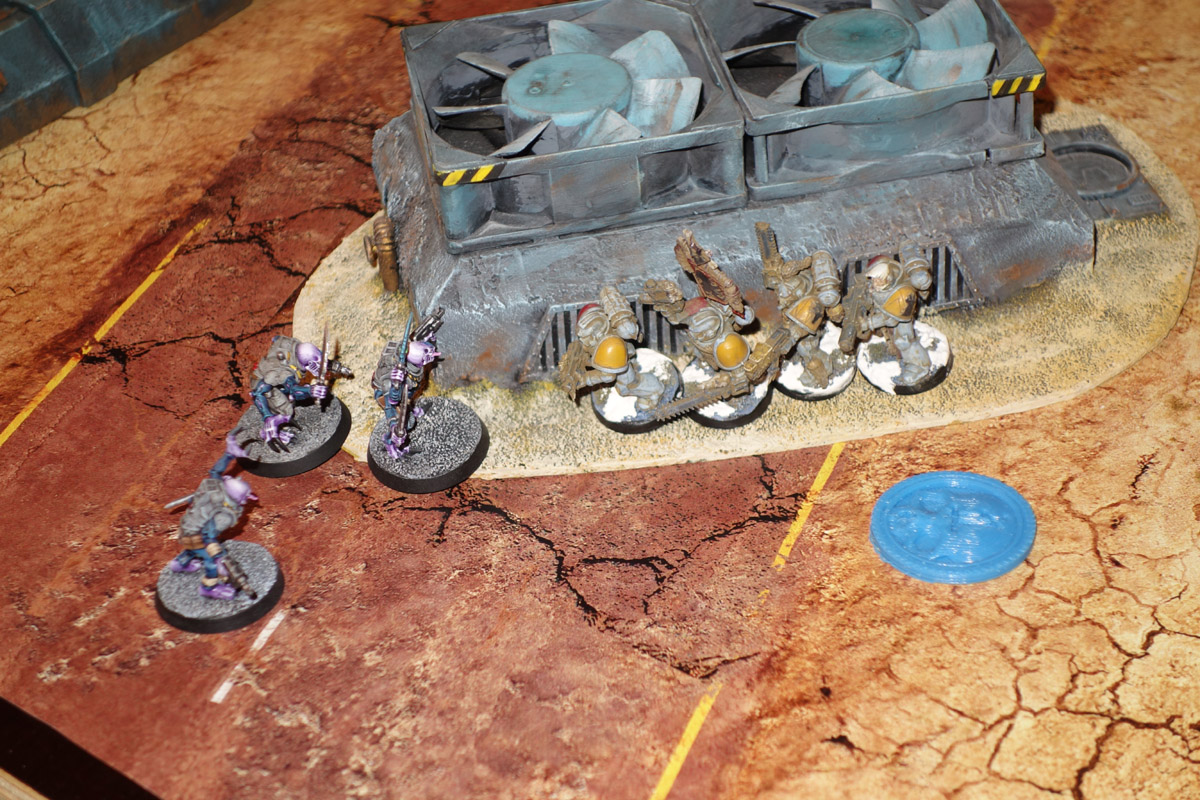 Genestealer Cults Vs. Space Wolves (1000 pts 0 PM) 170121121000608877