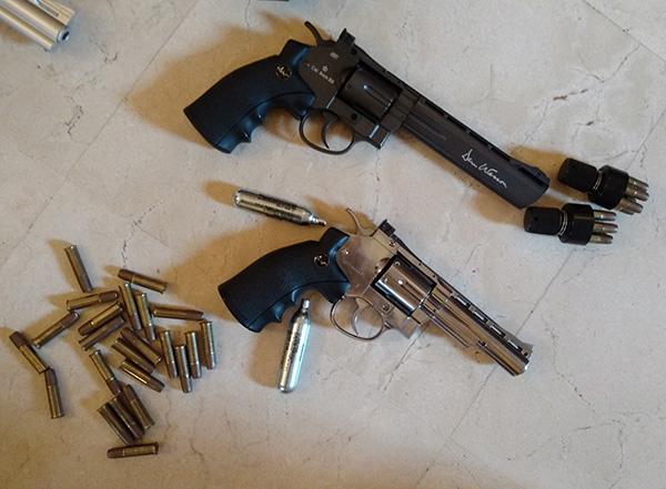 AK roumain / tactical + Fusil a pompe spas12 + 4 Revolvers + Sniper m24 snow wolf + AK bizon + glock + merdouilles 170303103424677202