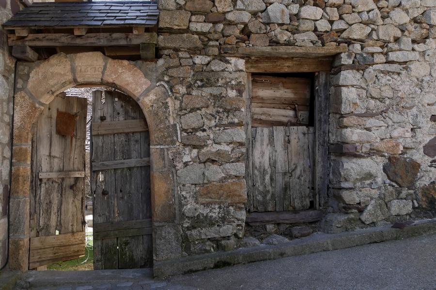 \/\/ Vieux Village Aragonais … By Tecnicolor  \/\/ 170310093145912519