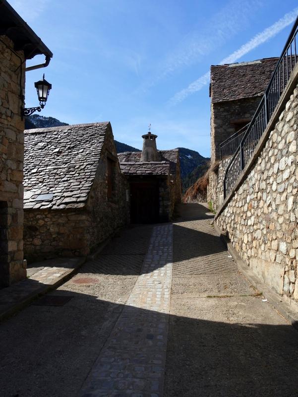 \/\/ Vieux Village Aragonais … By Tecnicolor  \/\/ 170310093832962840