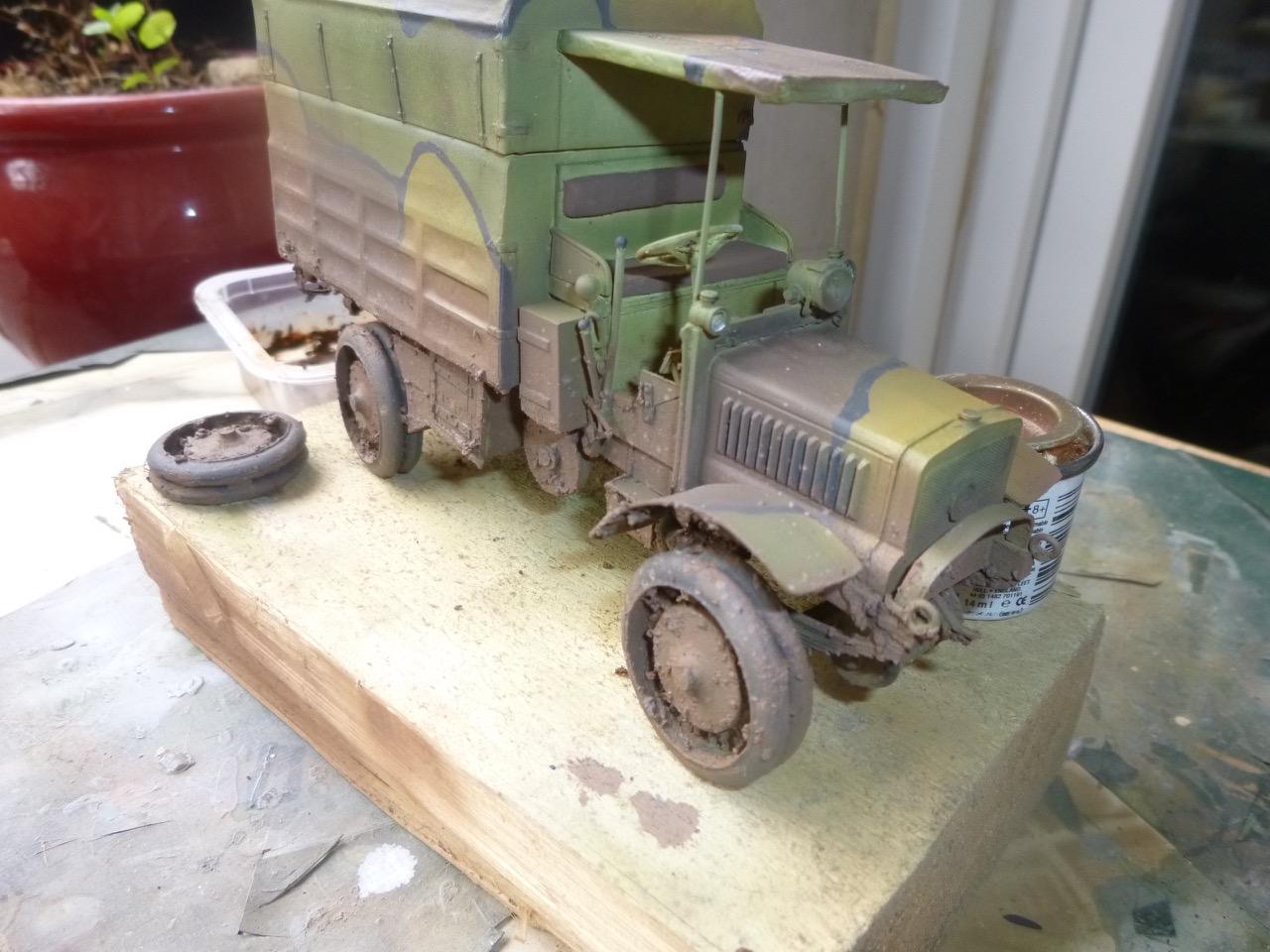 Camion Chatillon Panhard 1917 - résine de chez Blitz au 1/35 - Page 2 17041011242433497