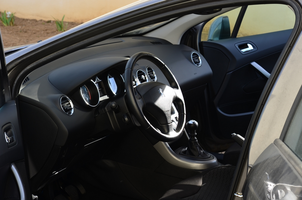 Peugeot 308 sw 170424085402685382