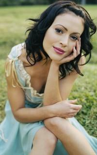 Alyssa Milano avatars 200x320 pixels - Page 2 170602063201421735