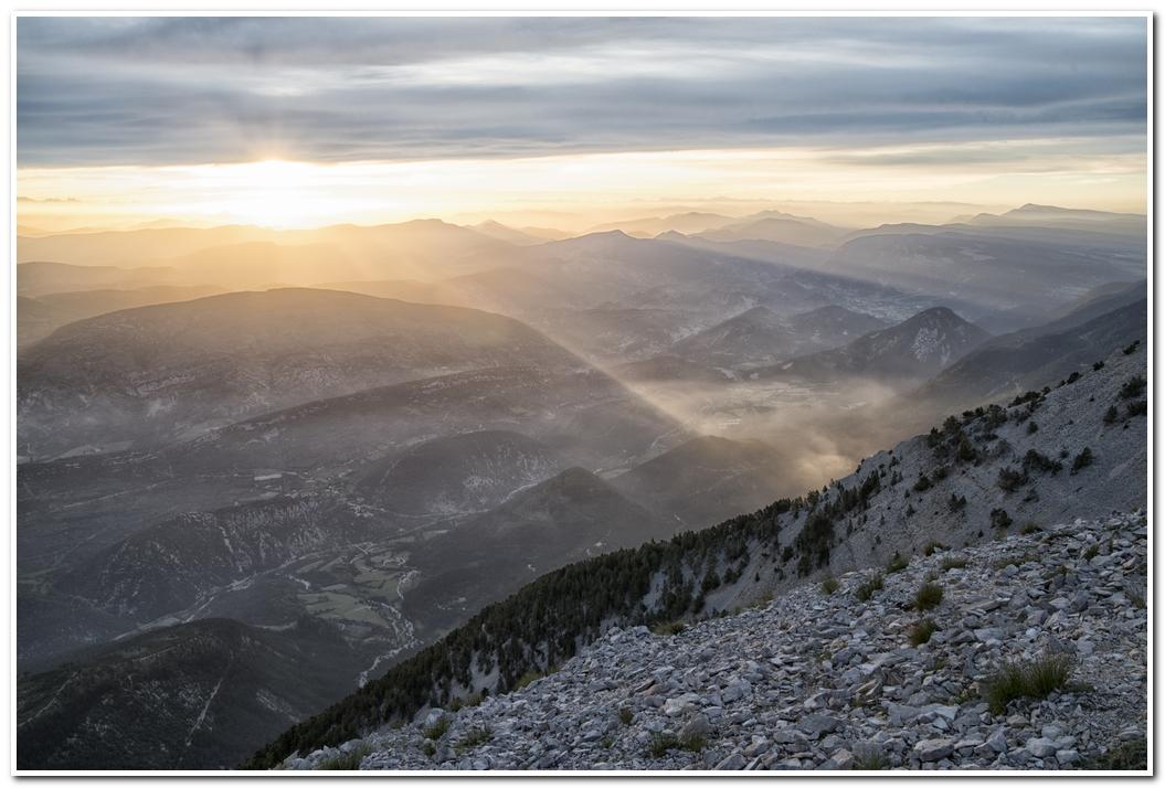 photo de levée de soleil sur le Mont Ventoux 17061006542424049