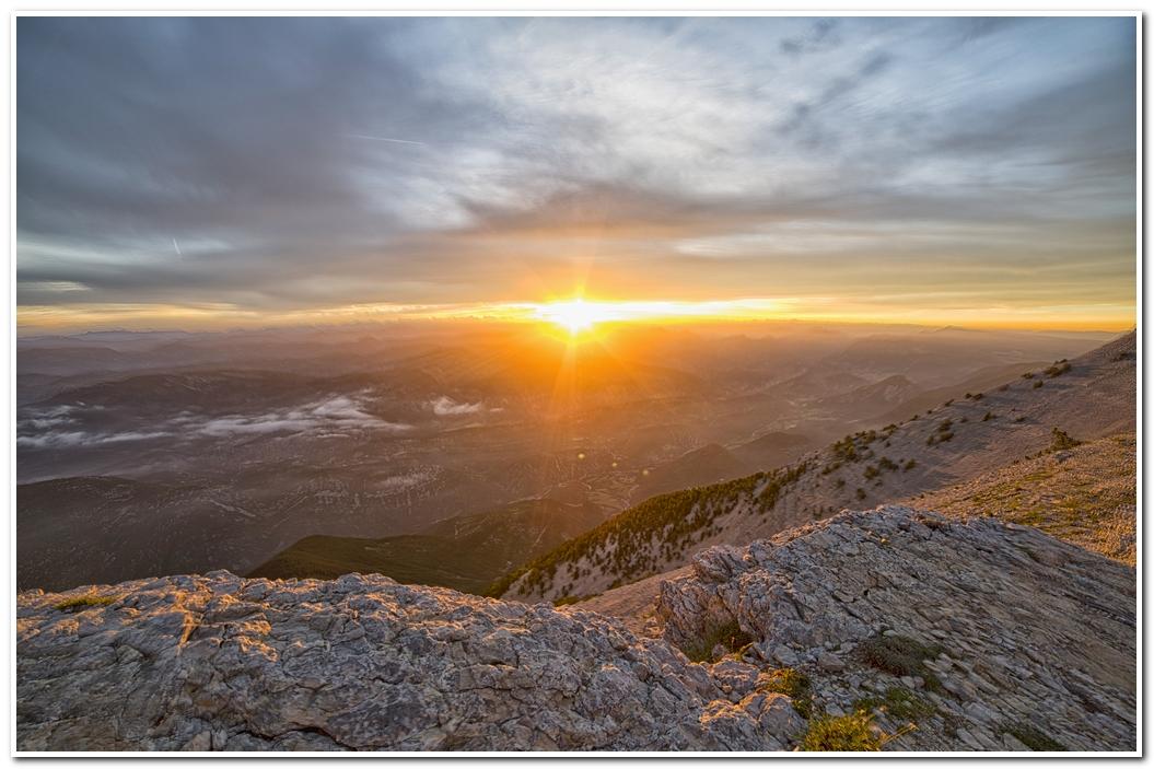 photo de levée de soleil sur le Mont Ventoux 170610065425754270