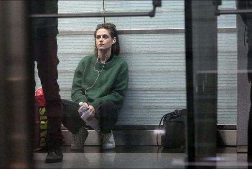 Personal Shopper (2016) image