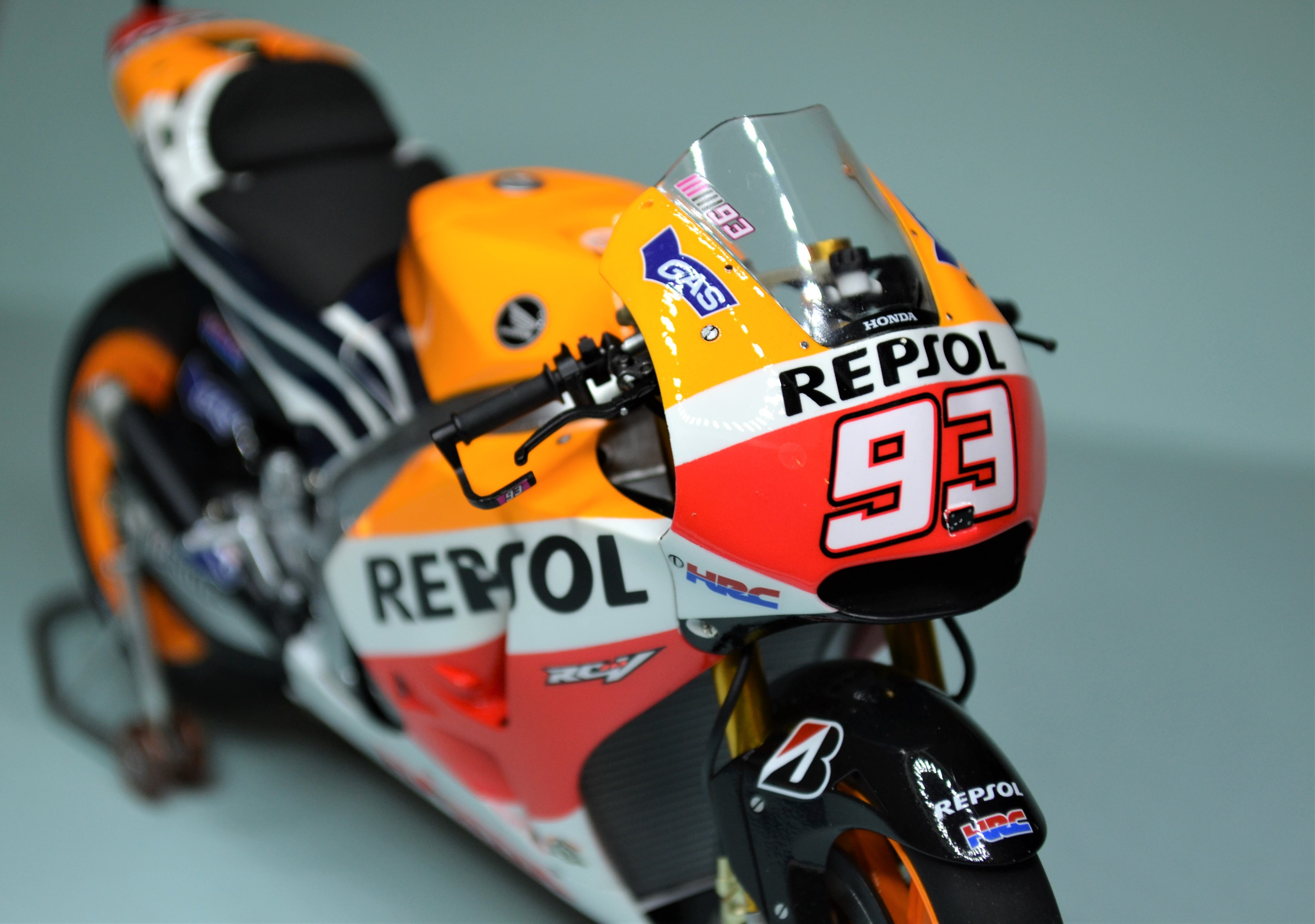 Honda Repsol Marc Marquez 1/12  - Page 2 17073112314817938