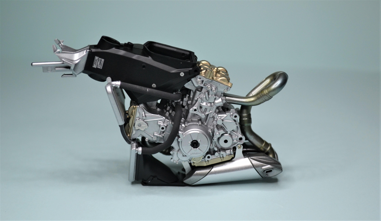 Ducati Panigale 1/12 Tamiya 170805070908255070