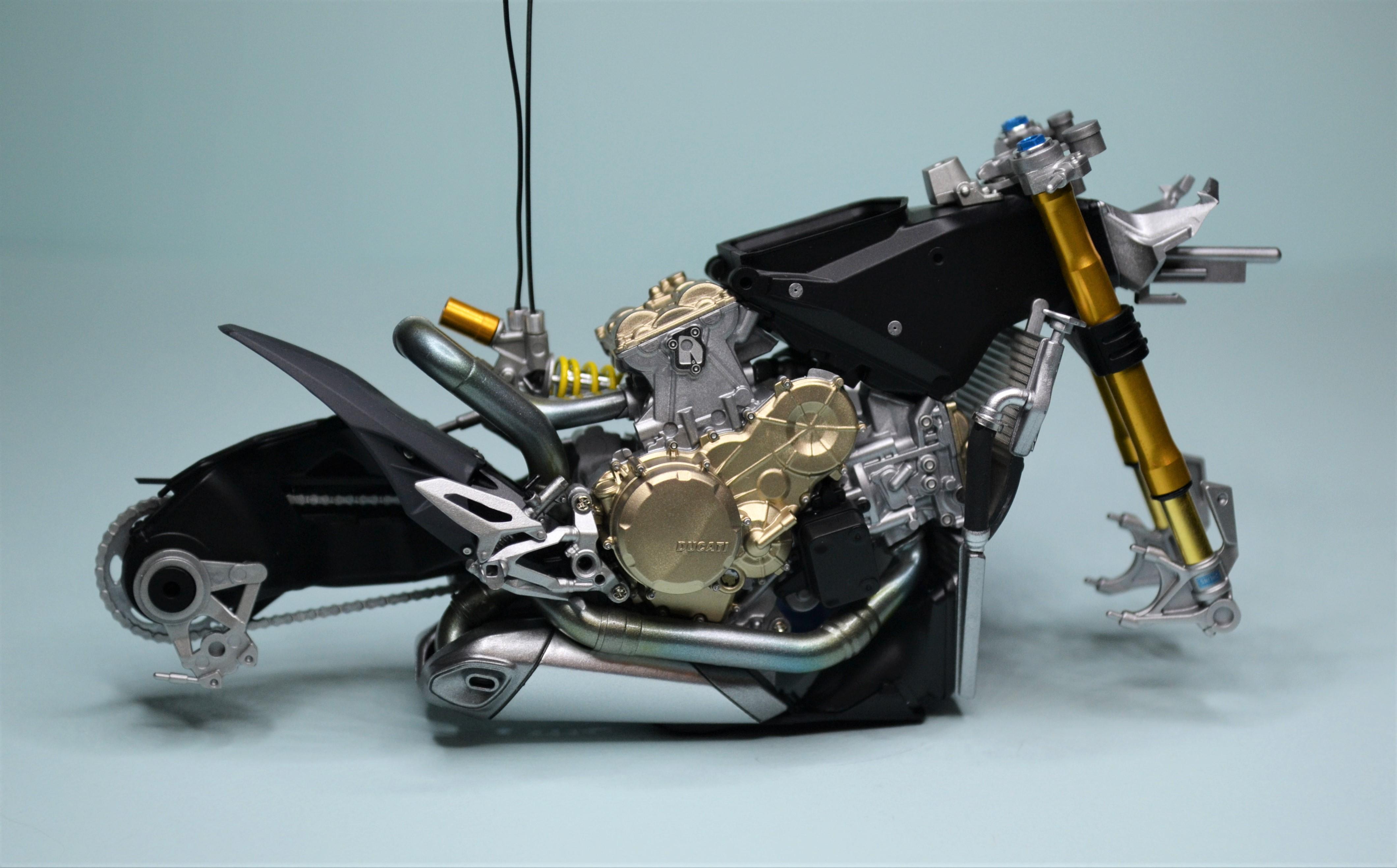 Ducati Panigale 1/12 Tamiya 170807092542153084