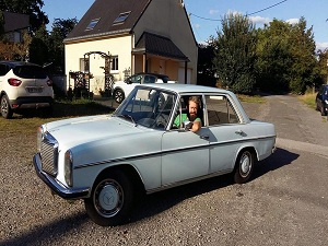 MERCEDES 220D ANNEE 1972 COLLECTIONS 170811114614673800